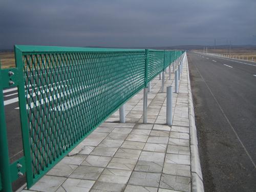 防眩隔离护栏